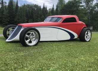 Viper-powered hot rod
