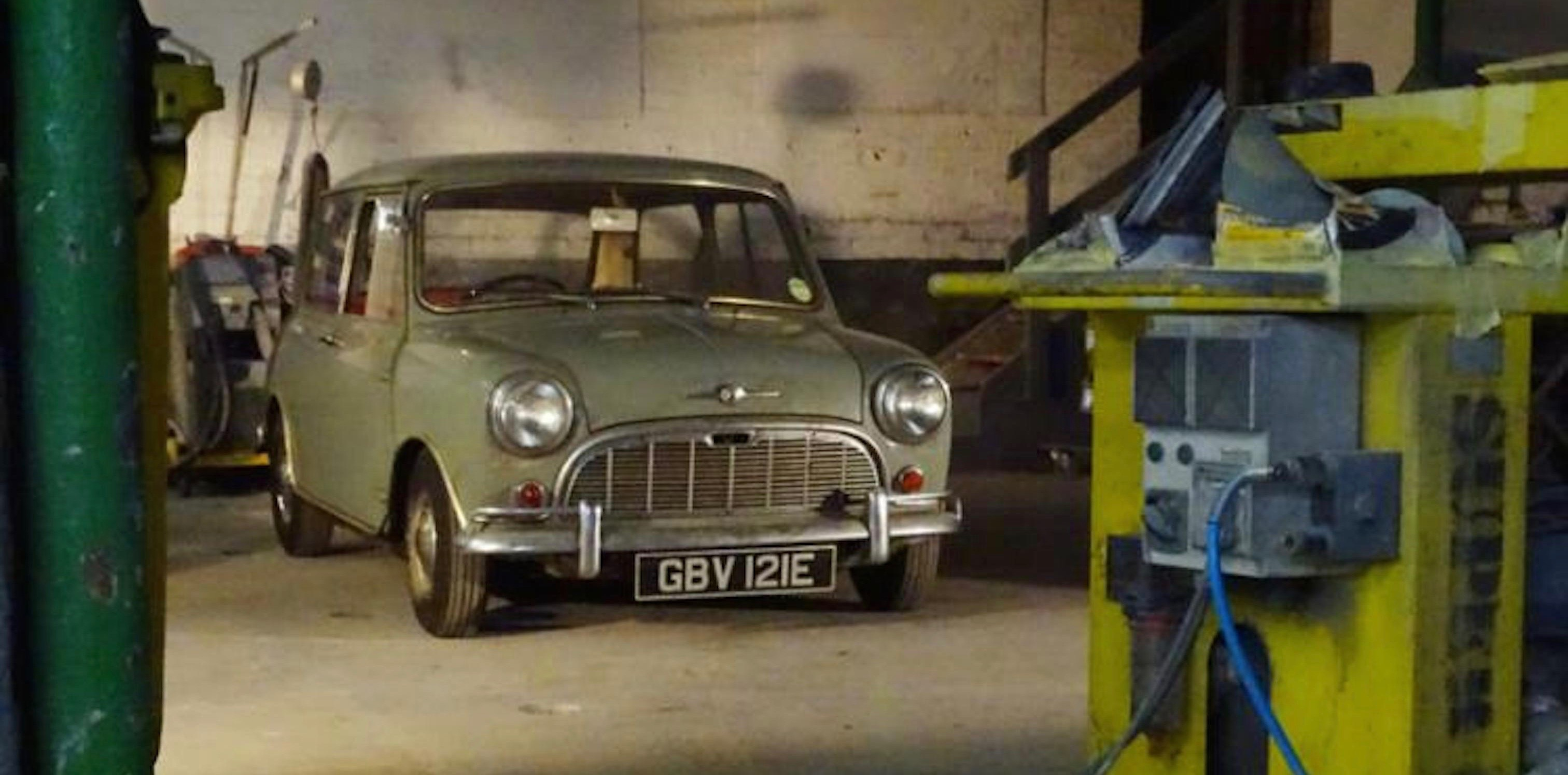 Barn found, Barn finds highlight British Buxton auction, ClassicCars.com Journal