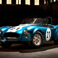 Shelby 'Cobra Caravan' reunited as GT350s join continuation cars