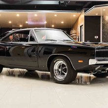 Dodge Charger roars to America's most-searched classic car