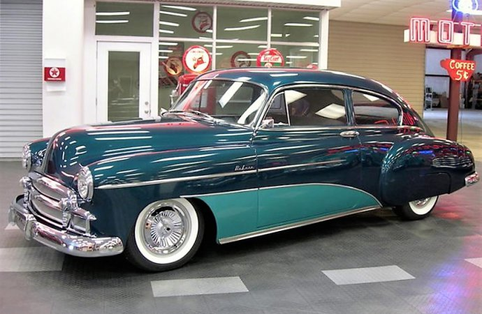 Custom beauty 1950 Chevrolet Fleetline Deluxe street rod