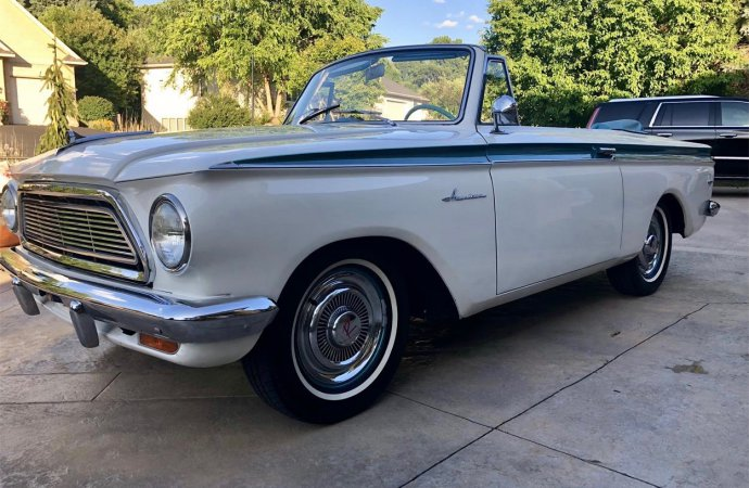 Meet Mabel, a 1962 Rambler American 400 convertible