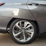 2018-honda-clarity-rear-wheel