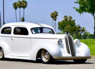 1936 Pontiac acclaimed most-beautiful street rod at Goodguys
