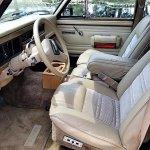 13531337-1990-jeep-grand-wagoneer-srcset-retina-md