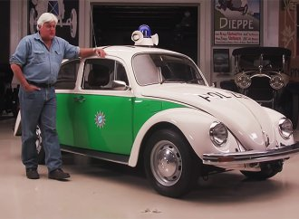 Jay Leno cops a look at a 1979 Volkswagen Beetle police car