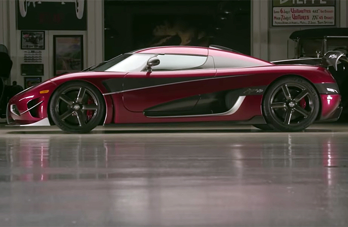 TheKoenigsegg Regerais a high-tech piece of machinery, and there's probably no one on the planet better suited to explaining all of its gadgetry than the man who founded the company, Christian von Koenigsegg. He recently visited Jay Leno's Garage to talk about the Regera. | Screenshot