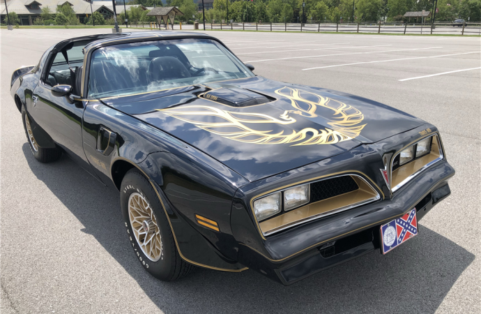 Barrett-Jackson countdown: 1978 Pontiac Firebird Trans Am 'Bandit' re-creation