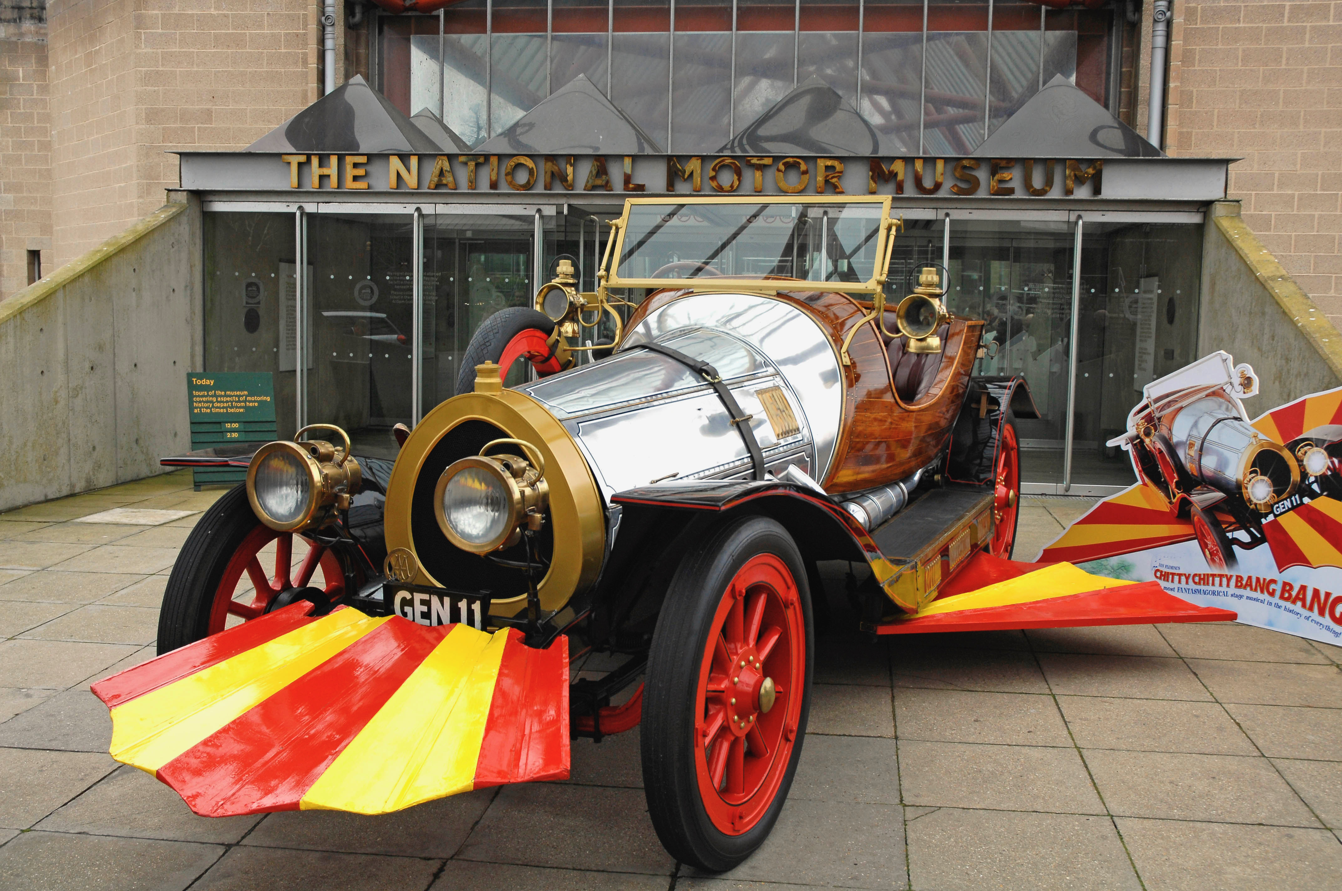 Museum, Petersen opens Juxtapoz exhibit and crowdfunding restoration effort, ClassicCars.com Journal