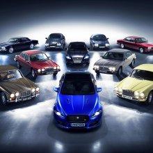 Jaguar XJ convoy heads to Paris