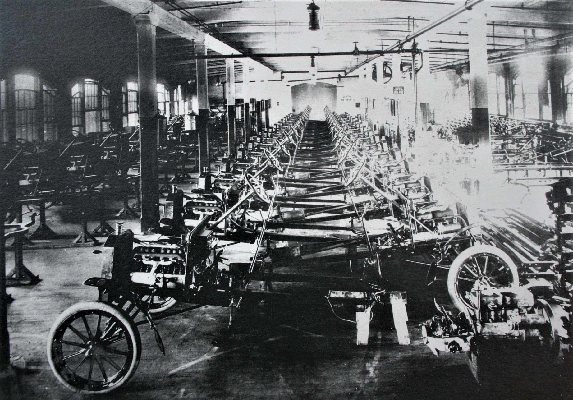 Build Your Own Custom Ford Vehicle Damerow Ford >> The Building Of Legend Henry Ford S Piquette Avenue Plant