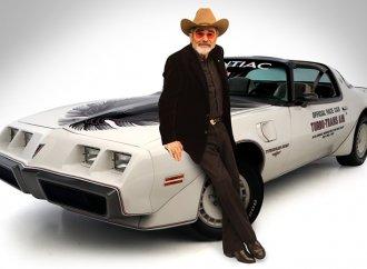 'Smokey and the Bandit' star Burt Reynolds dies at 82