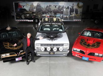 Burt Reynolds' final cars to be on Barrett-Jackson Las Vegas block