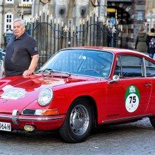 Oldest barn-find Porsche 911 restored, runs in German rally