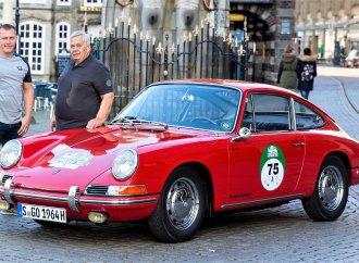 Oldest barn-find Porsche 911 restored, runs in German rally