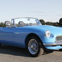 British company to build electric MG roadsters with classic car look