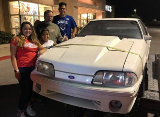 Siblings buy back dad's Ford Mustang sold to pay mom's medical bills