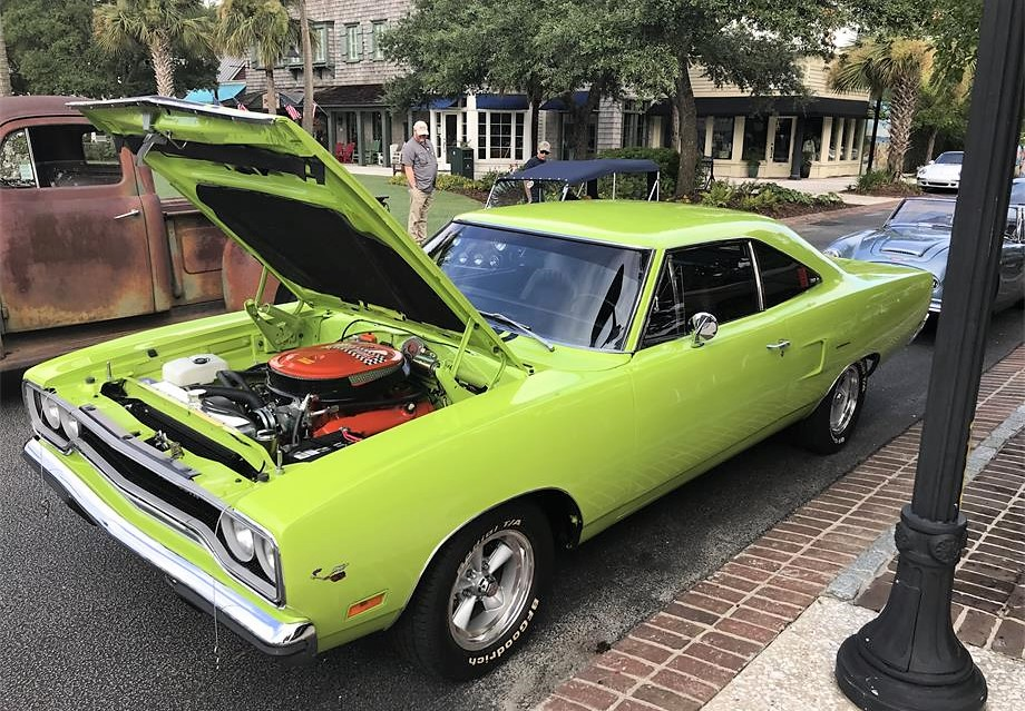 Clean Green Muscle Machine 1970 Plymouth Roadrunner Coupe