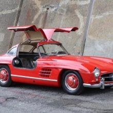Storied 300SL 'Gullwing' for sale again