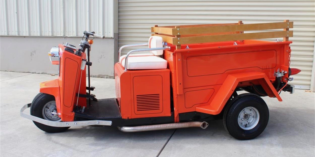 Pick of the Day has racing history -- and this Cushman can