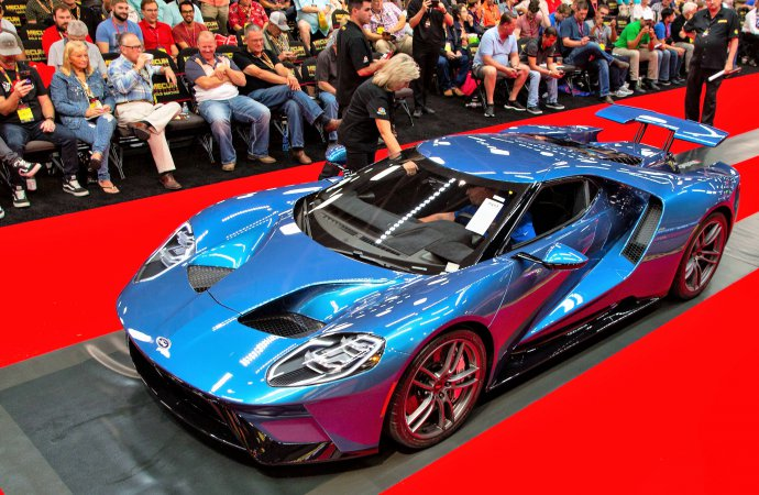 Disputed 2017 Ford GT top seller at Mecum auction in Dallas