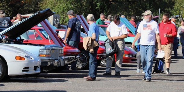 Carlisle Auctions, Carlisle Auction hits more than $5 million in sales, ClassicCars.com Journal