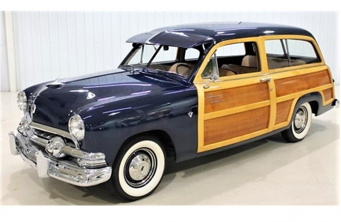 Righteous woody 1951 Ford Country Squire wagon