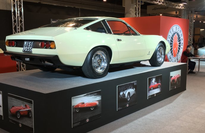 Borrani subtly suggests fitting wire wheels to your Ferrari 365 GTC/4.