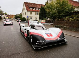 Le Mans-winning Porsches driven on public roads
