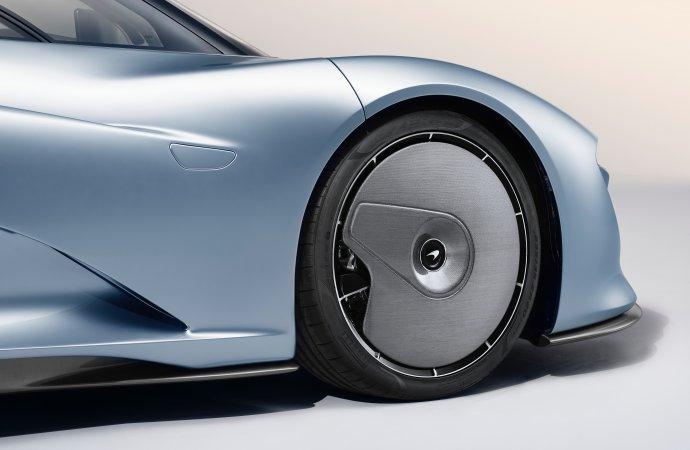 McLaren unveils 250 mph Speedtail, the first 'Hyper-GT'