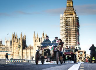 Time travel: London to Brighton rally celebrates end of 4 mph speed limit
