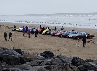 E-types circle Britain to fight prostate cancer