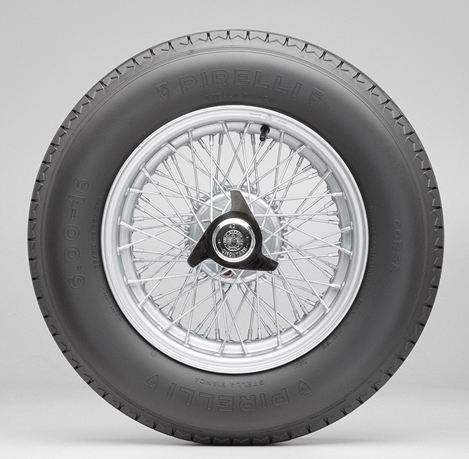 Pirelli, Pirelli brings back its cross-ply tire for classic vehicles, ClassicCars.com Journal