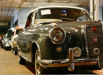 Bonhams sells eclectic docket at Simeone museum