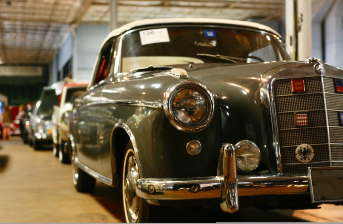 Bonhams sells eclectic docket at Simeone museum