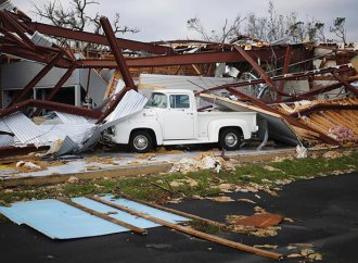 Video shows garage destroyed by Hurricane Michael full of classic cars