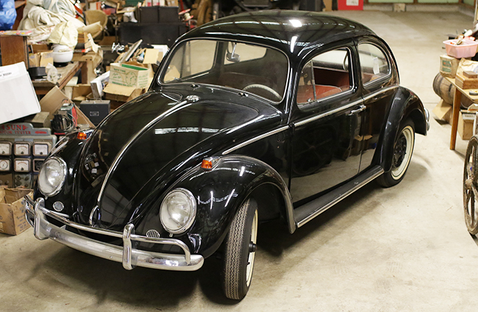 It took a long time to dig out, but the Beetle was already sparkling when the cover finally came off. | Burback Motors photo