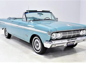 Seldom-seen survivor '64 Mercury Comet Caliente convertible