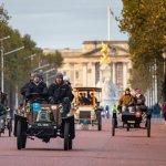 1903 De Dion Bouton-Queen Victoria Memorial-Buckingham Palace-Photo courtesy Bonhams Veteran Run