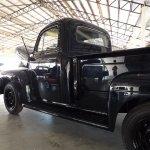 8909435-1952-ford-f3-pickup-truck-std