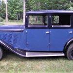 Blue Delahaye sedan side