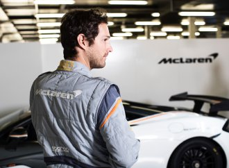 McLaren, Sparco offer lightest-weight racing suit