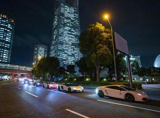 More than 200 Lamborghinis cruise Japan to celebrate Italian marque