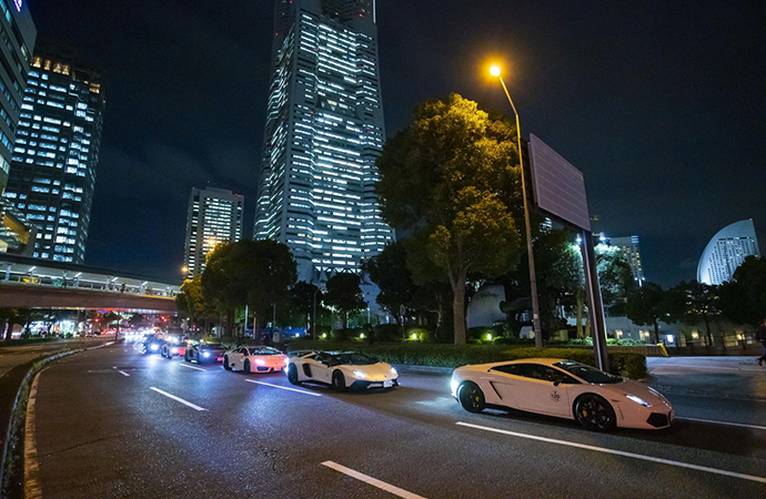 More than 200 Lamborghinis cruise Japan to celebrate Italian marque