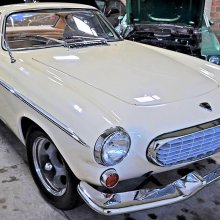 Saintly Volvo P1800 sport coupe