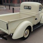 13871291-1945-ford-pickup-srcset-retina-xl