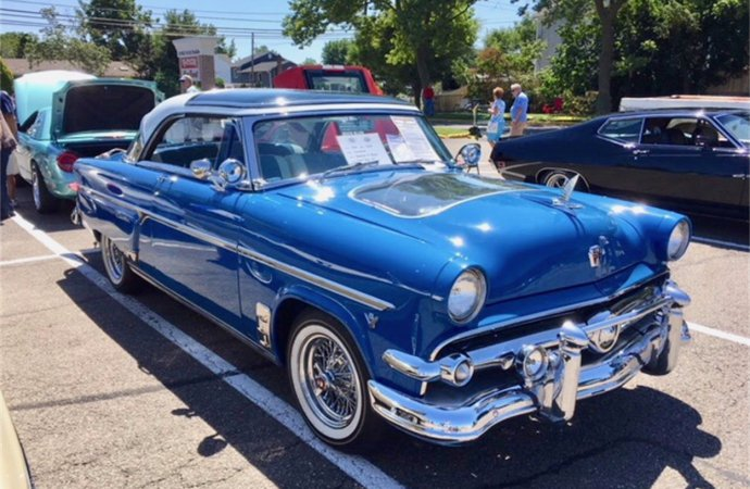 Rare '54 Ford also has FBI history