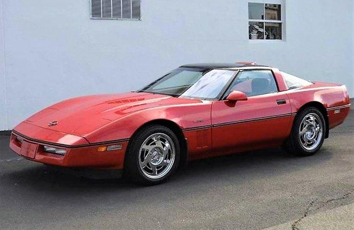 American exotic '90 Corvette ZR-1