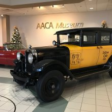 'Wonderful Life�� movie taxi visits AACA Museum