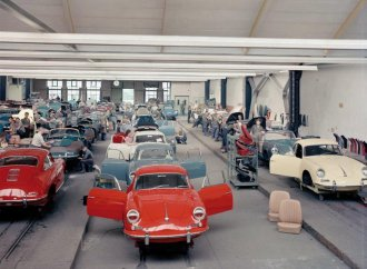Roots of Recaro: Car seat company traces to original Porsches